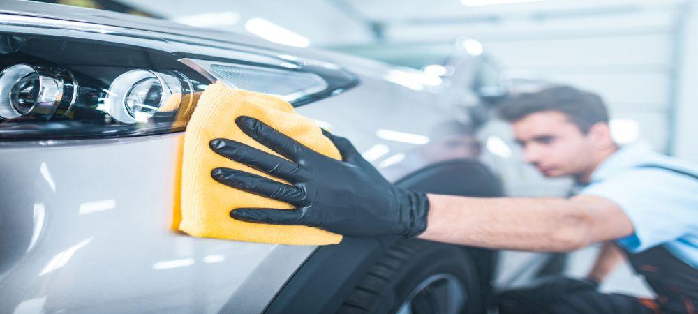 Professional Car Handwashing